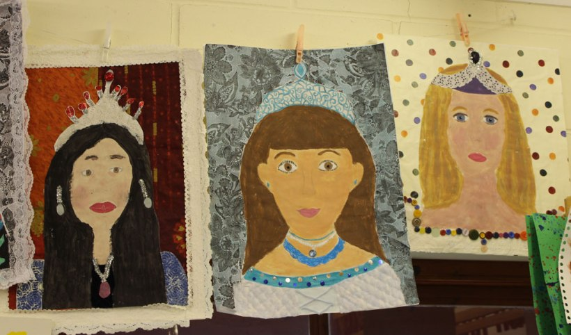 Year-7-artwork-portrait-(Class-of-2011