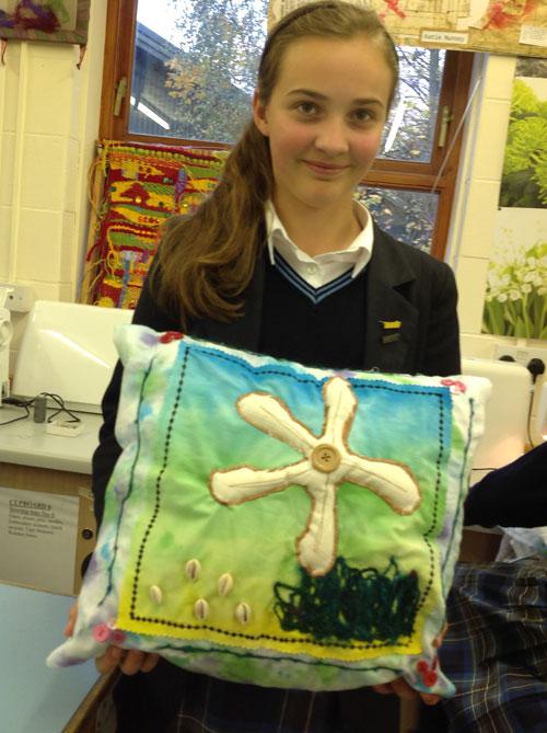 Year-8-textiles-cushions3
