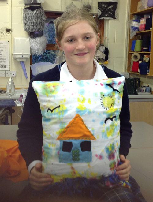 Year-8-textiles-cushions5