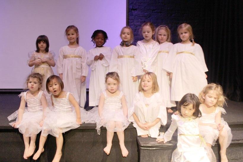 2014-Nativity10