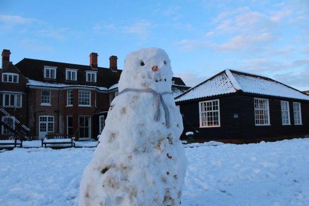 Snowman-at-HOHS