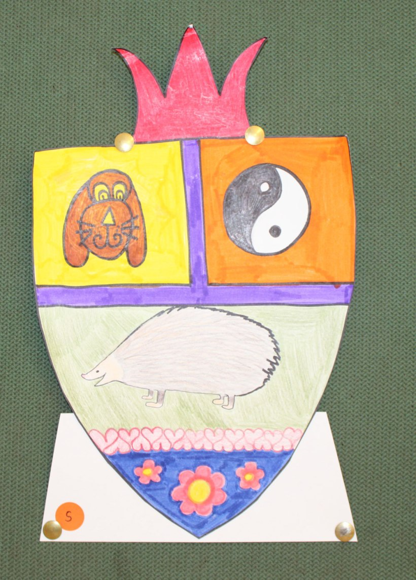 Year-9-Coat-of-Arms19