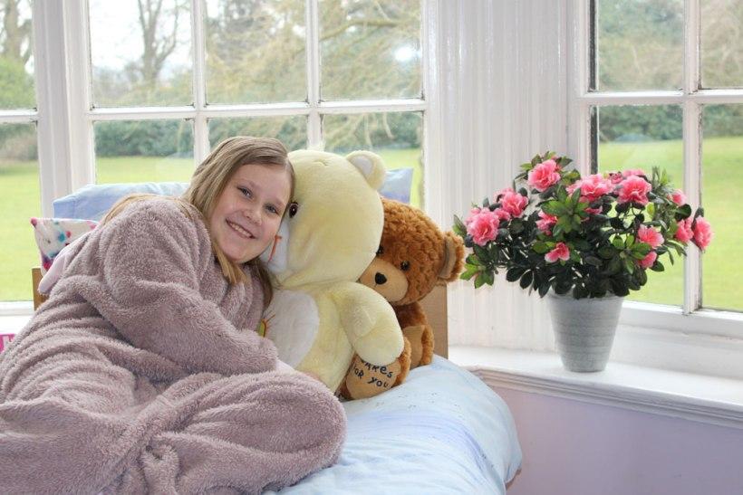 Boarder-with-teddy4