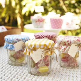 pp-craft-fete-makes-jars-230611-medium_new