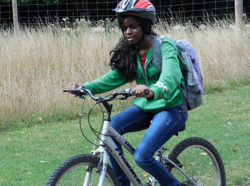 boarders-bike-ride