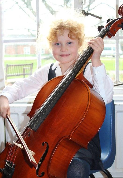 Jennie-cello