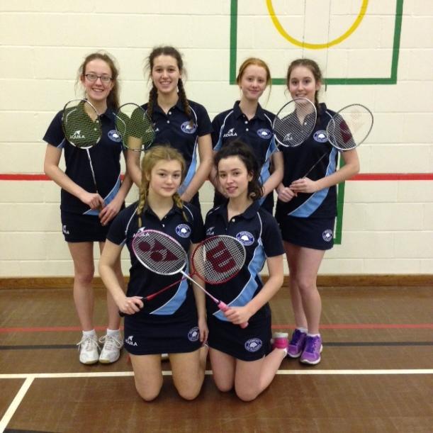 u16 Badminton2