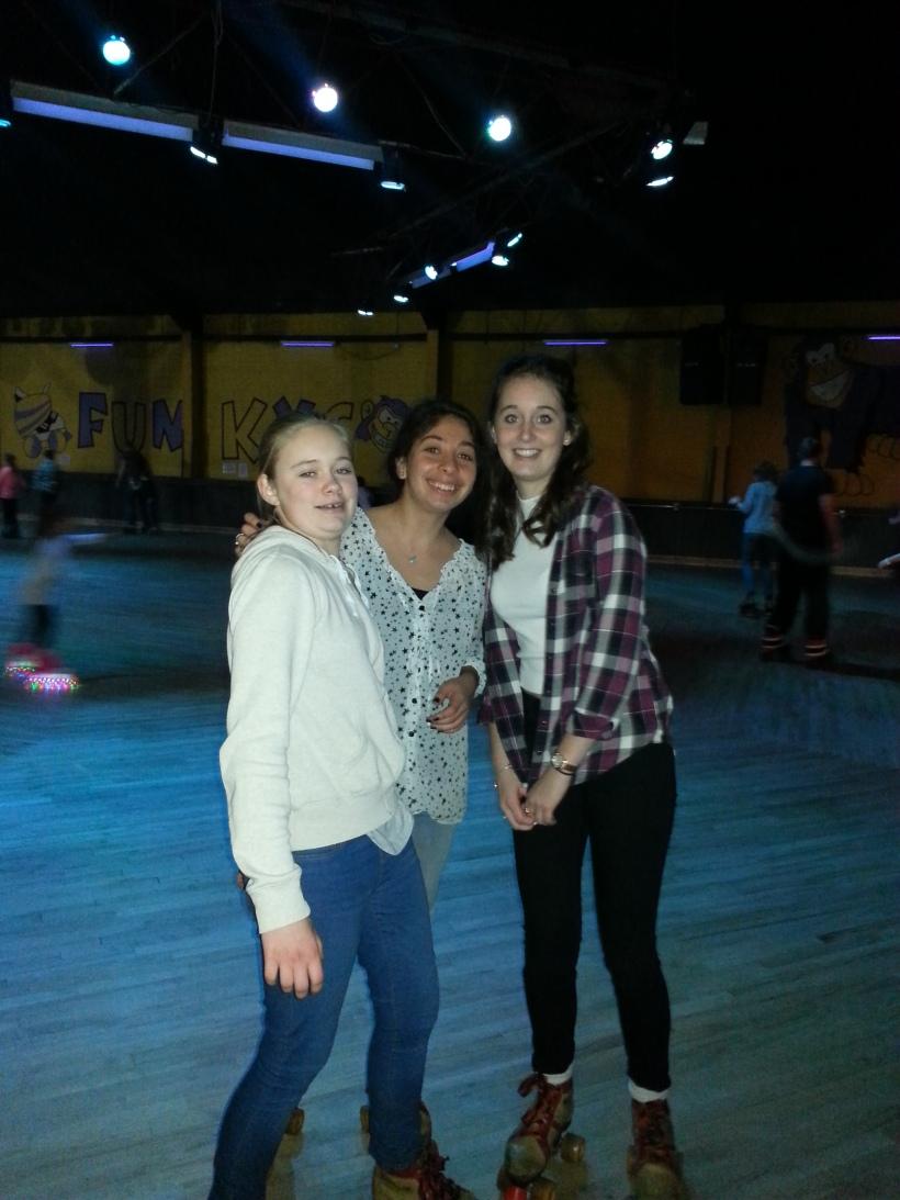 Boarders rollerskating3