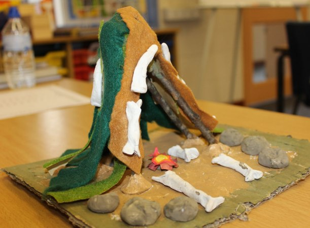 Year-5-stoneage-sculptures2