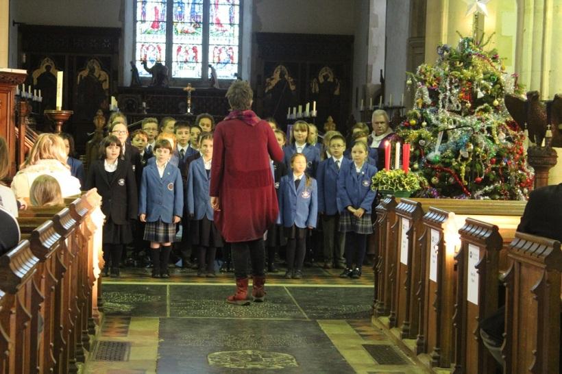 Christingle choir3