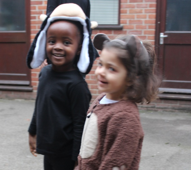 reception assembly9