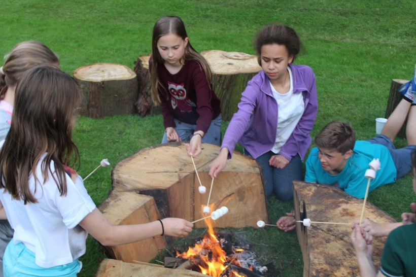 Yr 6 Camp out 19