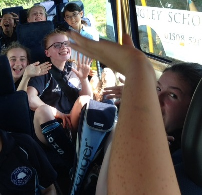 hockey-on-bus