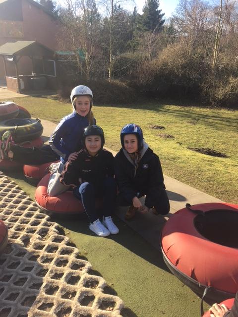 boarders-tubing